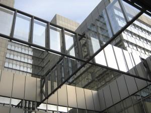 Heinle, Wischer& Partner, Stadthaus, Windkreuz im Lichthof, Bonn 1973–1978; Foto: MrOrwell