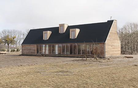Thomas Kröger Architekt BDA, Das Schwarze Haus, Pinnow 2010; Fotos: Ina Steiner photografie