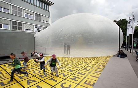 raumlabor berlin, Küchenmonument, Eine Soziale Skulptur vor dem Museum, Berlinische Galerie, 2014, © raumlabor berlin, Foto: Amin Akhtar