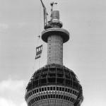 Karl-Heinz Kraemer, Fernsehturmkopf, Montage von Fassadenelementen, 1968, © Karl-Heinz Kraemer / Berlinische Galerie