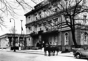 Braunes Haus palais barlow unter den nationalsozialisten braunes haus genannte