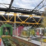 Seiten aus: Refugees Welcome. Konzepte für eine menschenwürdige Architektur, 2015, Alina Schilmöller und Franziska Schumacher: Wir wohnen im Zug.