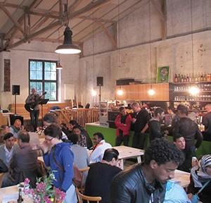 Cafe Tuer-an-Tuer, Foto: Stonner