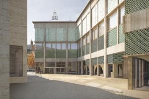 nic 16-3_Leuschner von Gaudecker_Wienmuseum - Bild Hof