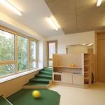 Schlicht Lamprecht Architekten, Familienzentrum Kindergarten St. Maximilian Kolbe, Schweinfurt 2013–2015, Foto: Stefan Meyer