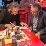 Matthew Griffin (links) im Gespräch mit Alberto Pérez-Gómez (rechts) am Randes des Berliner Gesprächs, Foto: Till Budde