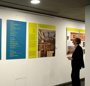 max40_Ausstellungseroeffnung Muenchen_Teaser 01_Foto Volker Derlath