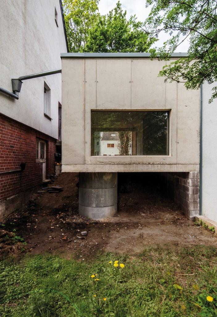 Bartscher Architekten BDA, Garage für ein schönes Auto, Aachen 2014, Foto: Bartscher