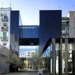 RCR Arquitectes, Sant Antoni (Bibliothek, Seniorenfreizeitstätte und Gartenanlage), Barcelona, Spanien 2002-2007, Foto: Eugeni Pons