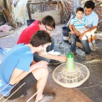Workshop in Chimbarongo mit chilenischen Rattan-Handwerkern, 2014, Foto: PET Lamp Studio