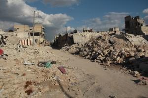 Taree' al Bab in der Nähe von Aleppo, Syrien 2013, Foto: Basma (via wikimedia / OGL)