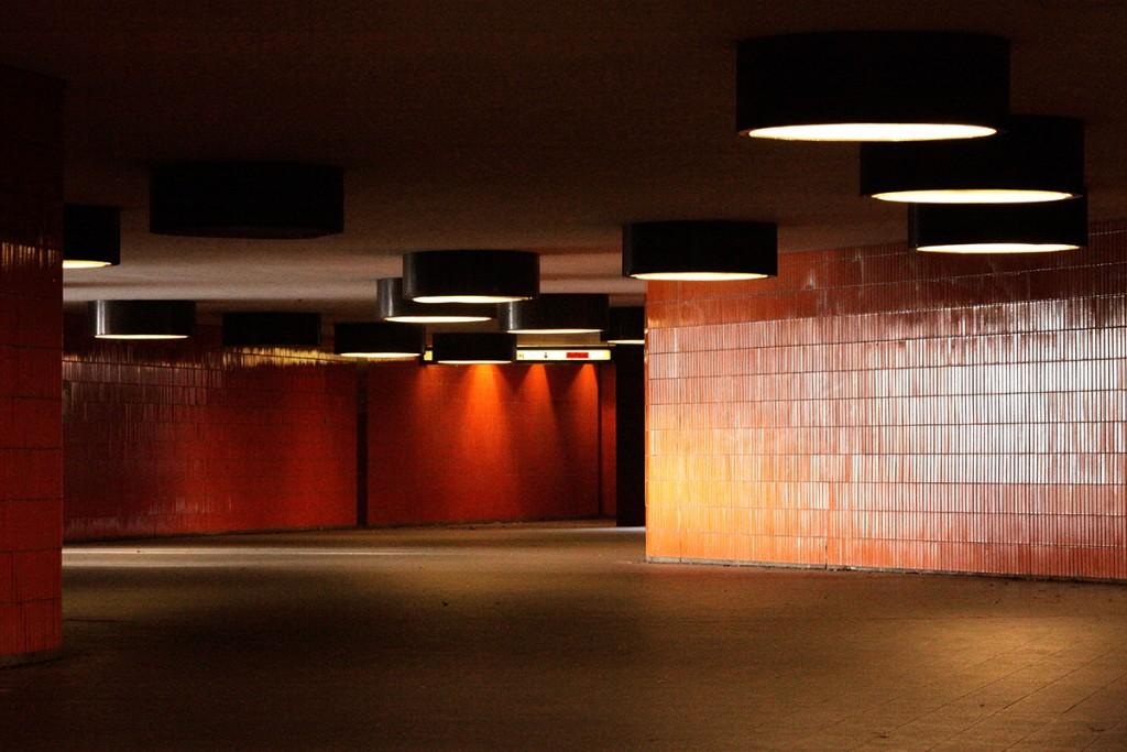 Nadine Blanke, op-art Tunnel Messe ICC