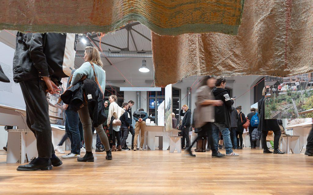 "Ausstellung ""Critical Care"" im DAZ, Foto: Leon Lenk"