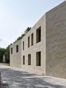 Max Dudler, Restaurierung/Ergänzung Hambacher Schloss, Neustadt a. d. Weinstraße 2005–2018, Foto: Stefan Müller