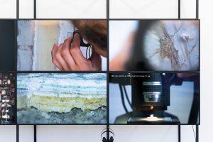 "Centre for Documentary Architecture, Ausstellung ""The Matter of Data"", Bauhaus-Museum, Weimar, White City Center, Tel Aviv (2019), Architektur Galerie Berlin (2020), 8-Screen-Video-Installation, Detail, Foto: CDA, Ortrun Bargholz"
