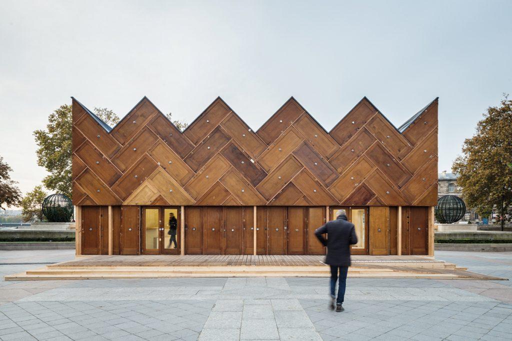 ENCORE HEUREUX, Pavillon Circulaire, temporärer Bau vor dem Pariser Rathaus, Paris 2015, Foto: Cyrus Cornut