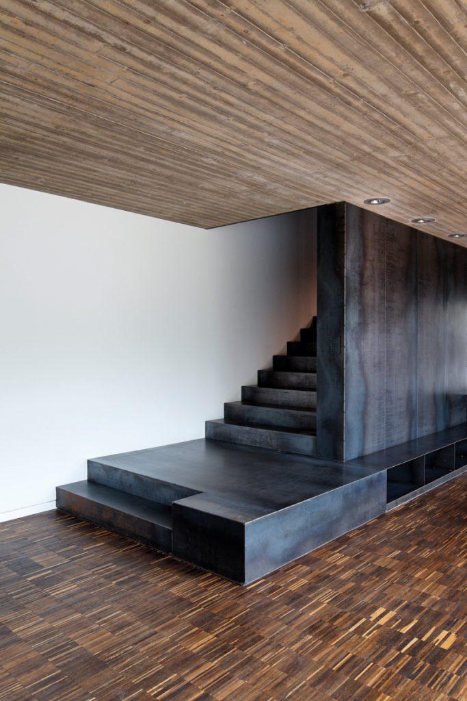 """Sortenrein: msah architektur (Martin Schneider/Annette Hillebrandt), Firmensitz """"Metallwerkstück"""", Bad Laasphe 2010, Foto: Cornelis Gollhardt"""