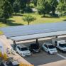 Photovoltaik schont Bodenbeläge und schützt bei jedem Wetter