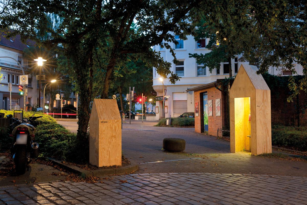 soll sasse architekten BDA, Temporäre Installationen auf dem Robert-Koch-Platz, Dortmund: Stadthäuser, 2016, Foto: Claudia Dreyße