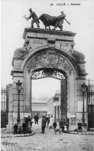 Schlachthof in Lille um 1909, historische Postkarte